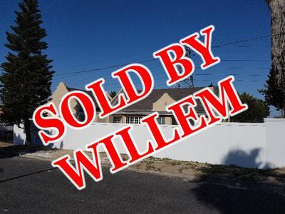 Property For Sale in Oakglen, Bellville