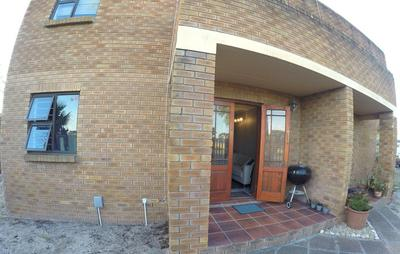 Property For Rent in Monte Vista, Goodwood