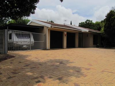 Property For Sale in Blommendal, Bellville