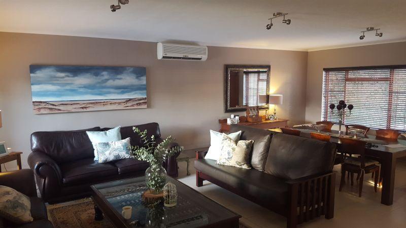 Property For Sale in La Rochelle, Bellville 2