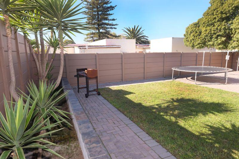 Property For Sale in La Rochelle, Bellville 15