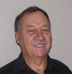 Willem Botes, estate agent