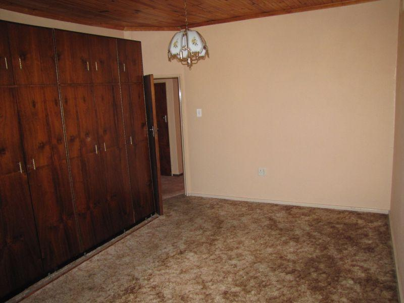 Property For Rent in Oakdale, Bellville 12
