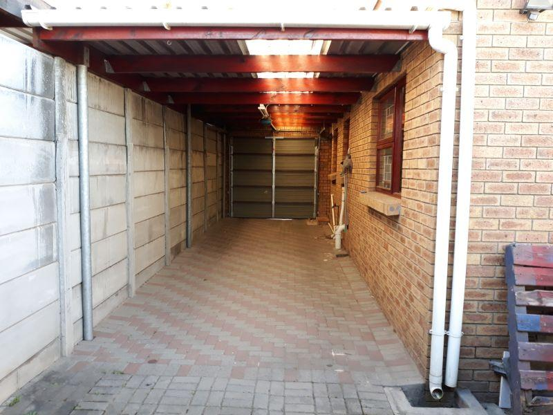 Property For Sale in Joubert Park, Bellville 13