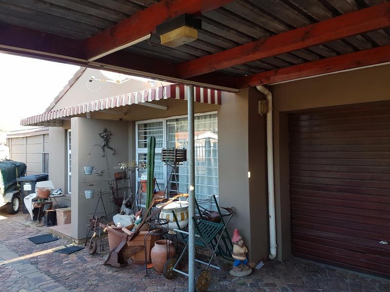 Property For Sale in Parow, Parow 3