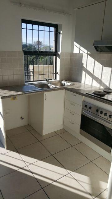 Property For Rent in Parow Valley, Cape Town 5