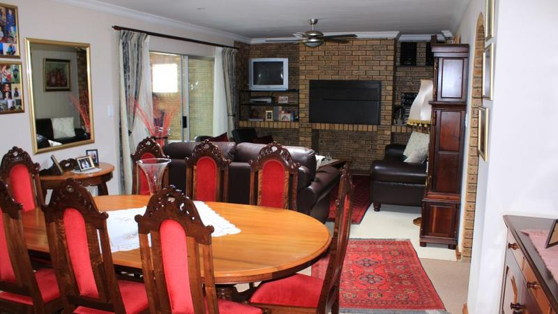 Property For Sale in The Crest, Durbanville 6