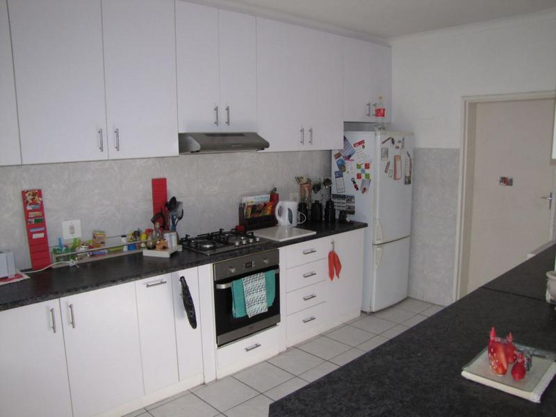 Property For Rent in Blommendal, Bellville 4