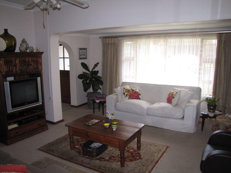 Property For Rent in Blomtuin, Bellville 3