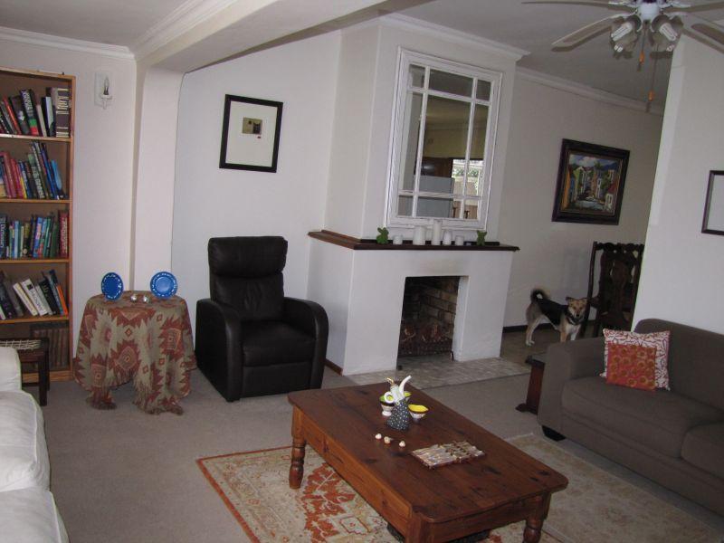 Property For Rent in Blomtuin, Bellville 4