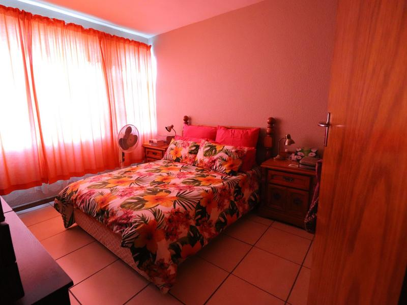 Property For Sale in Blomtuin, Bellville 9