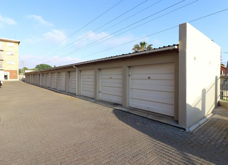 Property For Sale in Blomtuin, Bellville 12