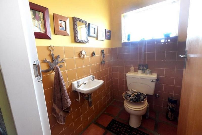 Property For Sale in De La Haye, Bellville 15