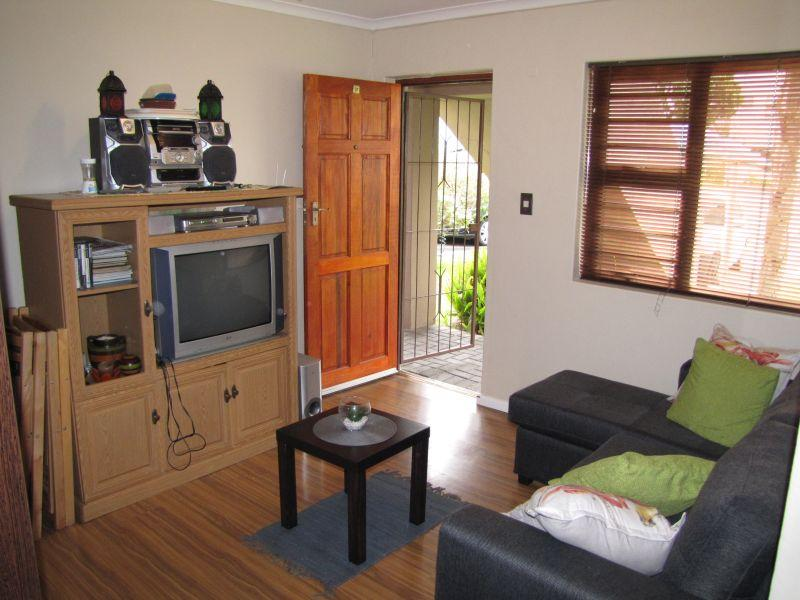 Property For Rent in Groenvallei, Bellville 5