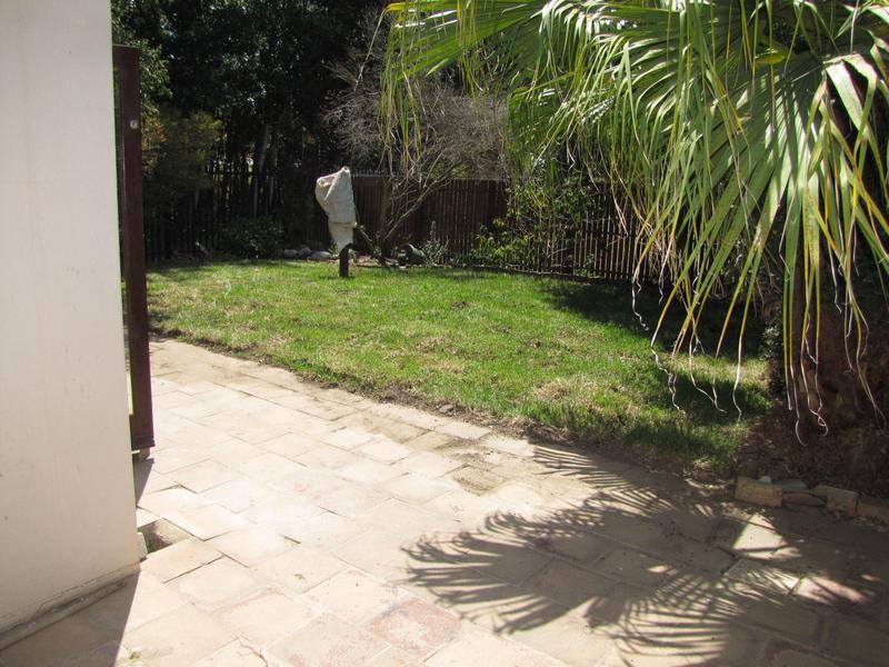 Property For Rent in De Bron, Durbanville 11