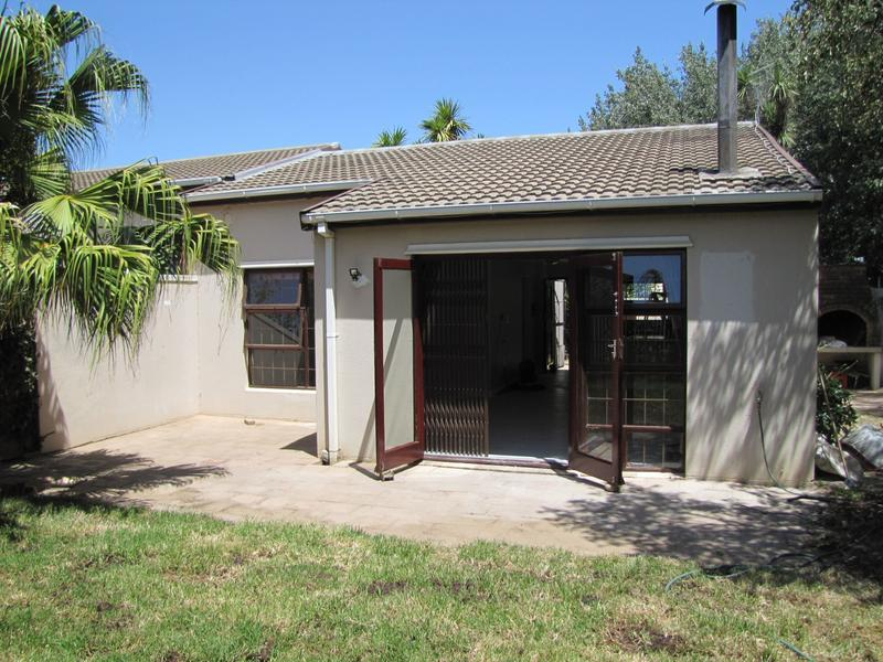 Property For Rent in De Bron, Durbanville 12