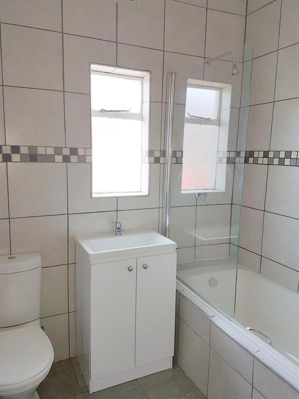 Property For Sale in Glenlily, Parow 11