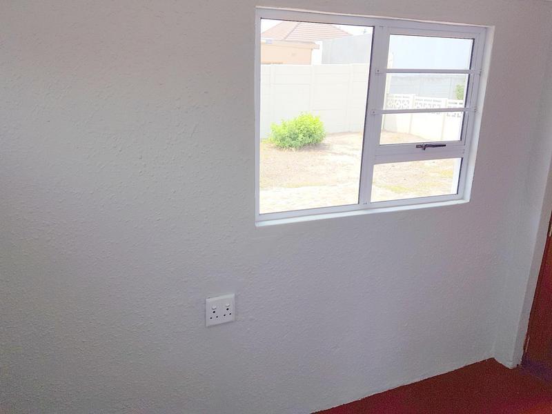 Property For Sale in Glenlily, Parow 13