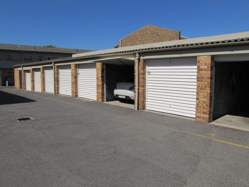 Property For Sale in Sanlamhof, Bellville 11