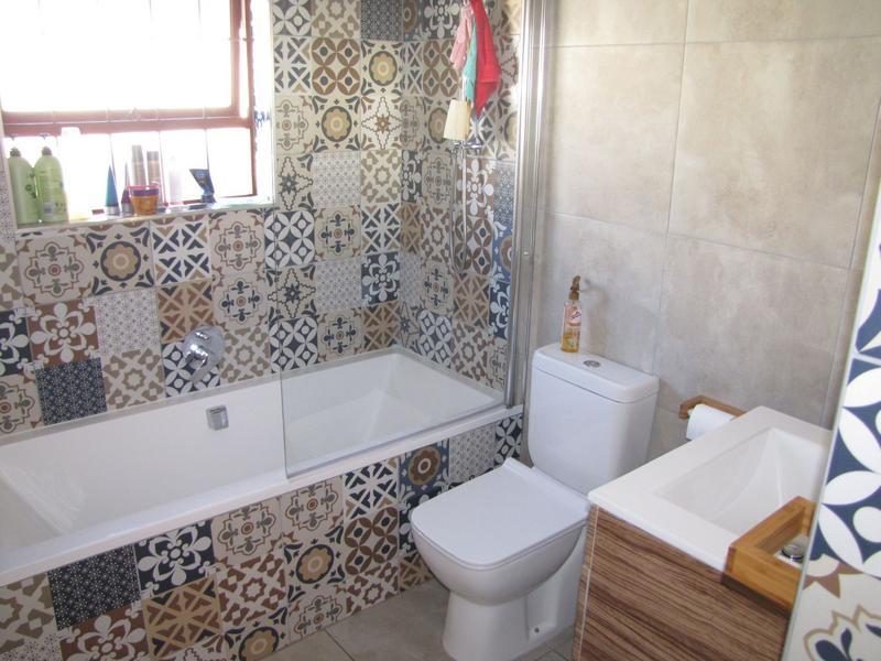 Property For Rent in De La Haye, Bellville 8