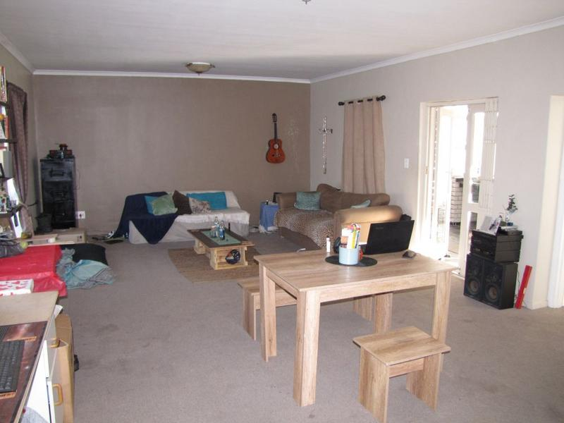 Property For Rent in Blommendal, Bellville 2