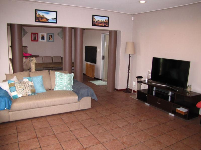 Property For Rent in Blommendal, Bellville 3