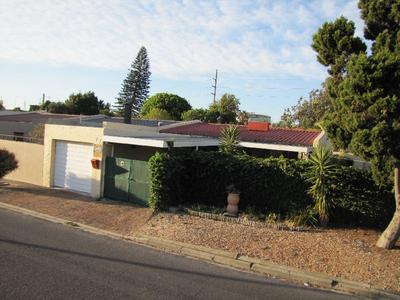 Property For Rent in Oakdale Estate, Bellville