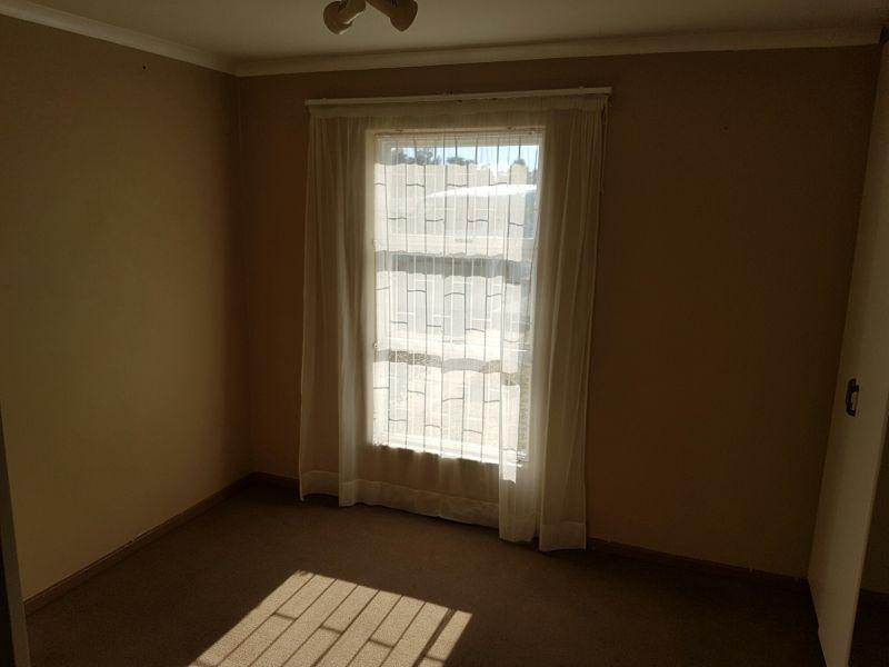 Property For Rent in Oakglen, Bellville 10