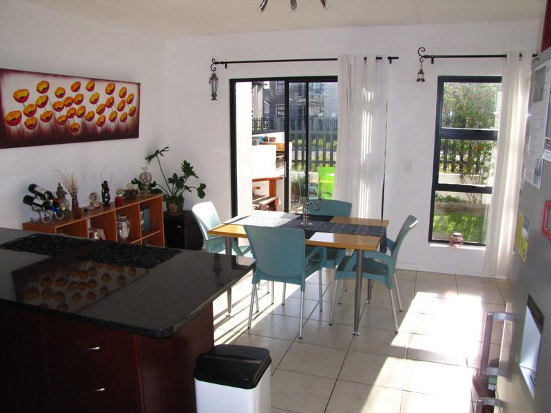 Property For Rent in Burgundy Estate, Milnerton 7
