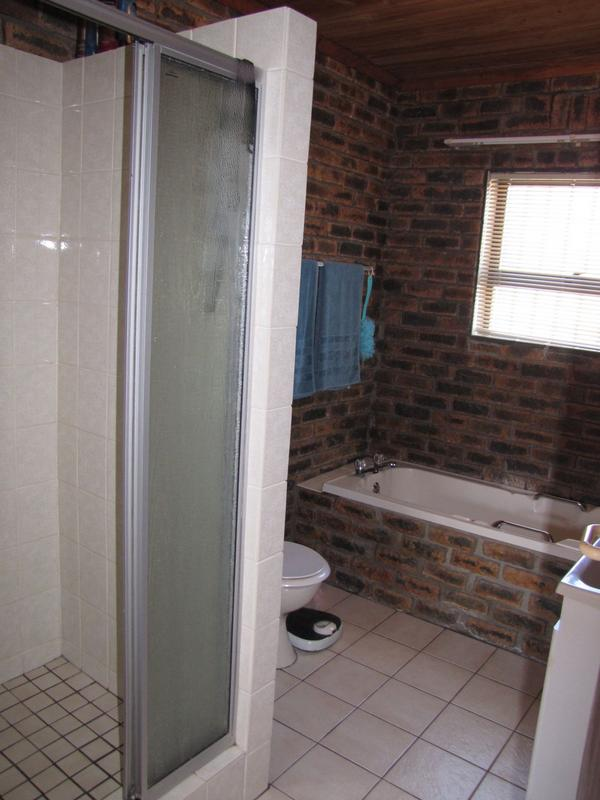 Property For Sale in Blommendal, Bellville 12
