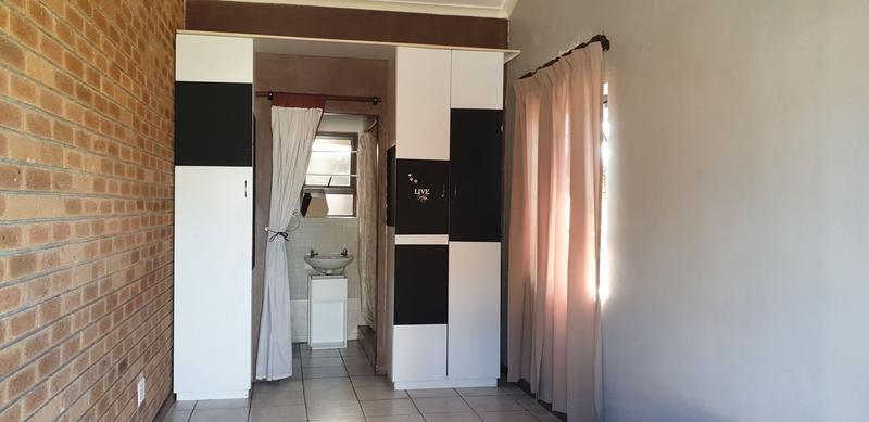 Property For Sale in Joostenberg, Kraaifontein 14