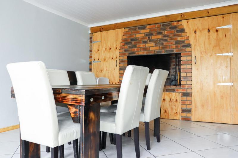 Property For Sale in Pearly Beach, Gansbaai 2