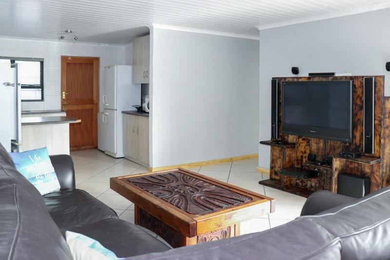 Property For Sale in Pearly Beach, Gansbaai 3