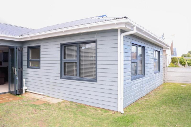 Property For Sale in Pearly Beach, Gansbaai 11