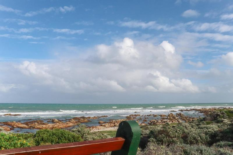 Property For Sale in Pearly Beach, Gansbaai 14