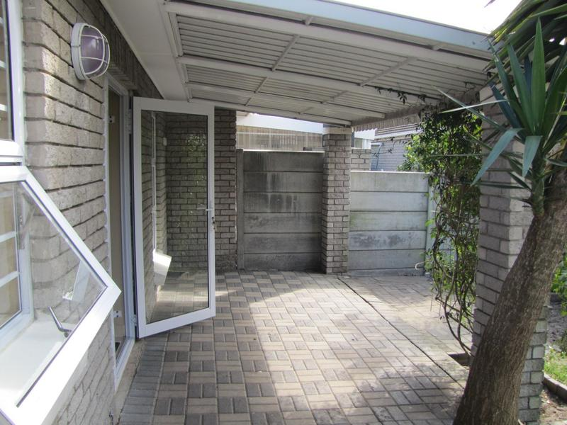 Property For Sale in Blommendal, Bellville 14
