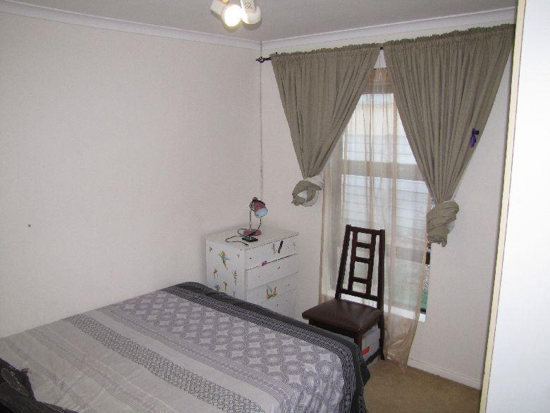 Property For Rent in Oakglen, Bellville 7