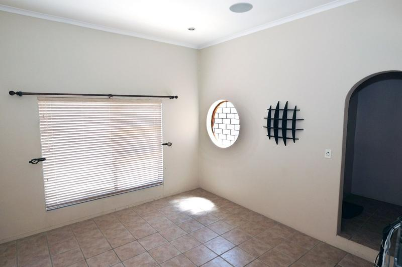 Property For Sale in Blommendal, Bellville 3