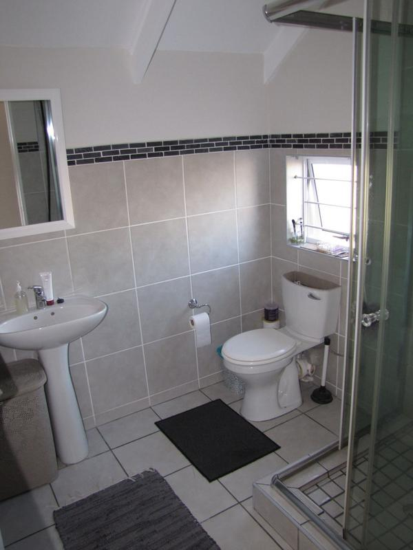 Property For Rent in Viking Village, Kraaifontein 7