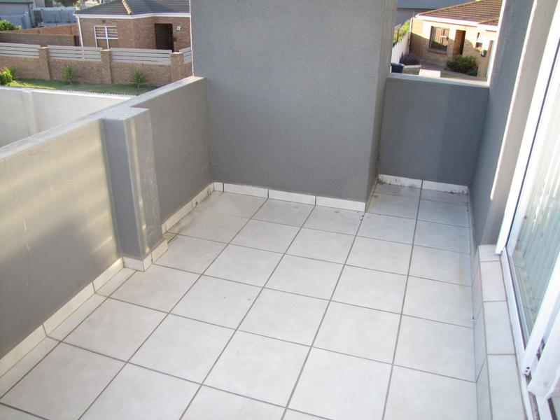 Property For Rent in Viking Village, Kraaifontein 13