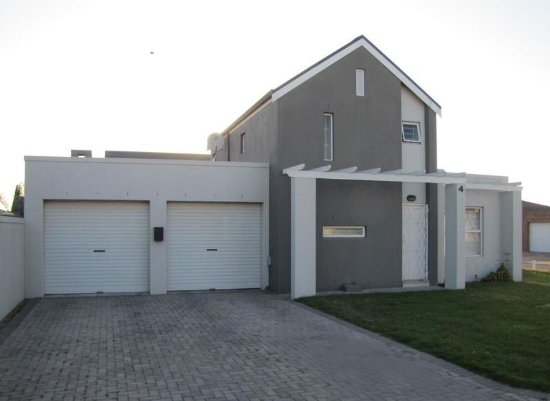 Property For Rent in Viking Village, Kraaifontein 2