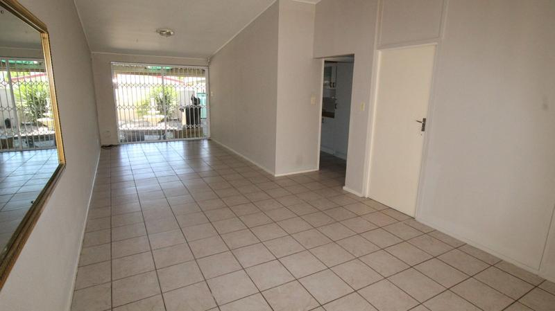 Property For Rent in Oakdale Estate, Bellville 2