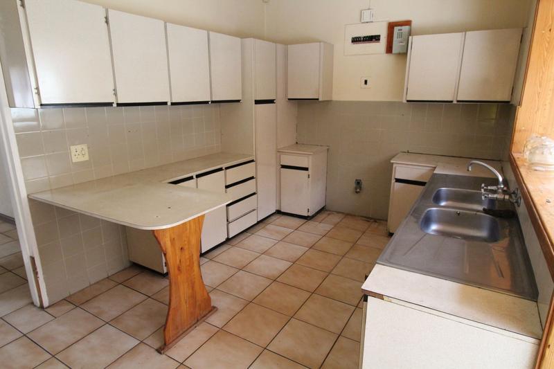 Property For Rent in Oakglen, Bellville 6