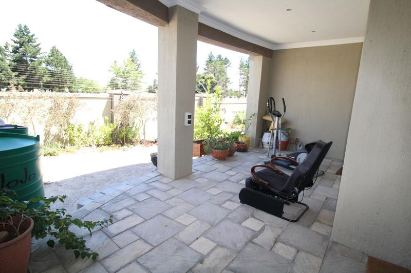 Property For Sale in Brackenfell South, Cape Town 20