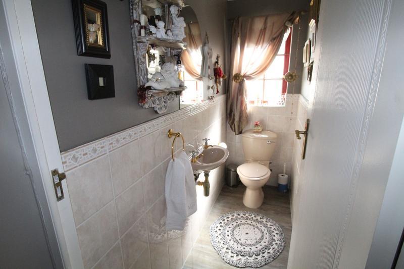 Property For Rent in Durbanville, Durbanville 18
