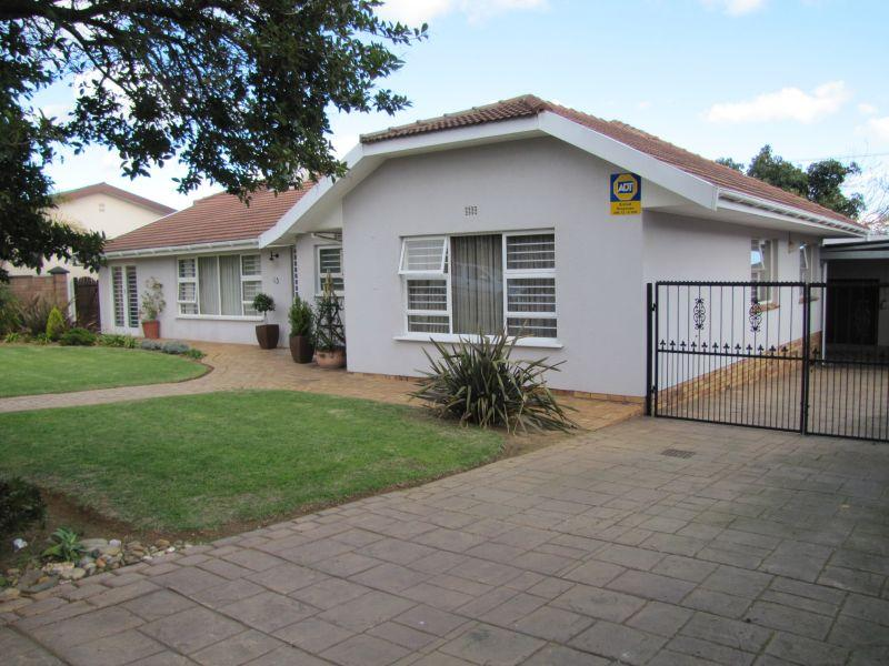 Property For Rent in Blomtuin, Bellville 1