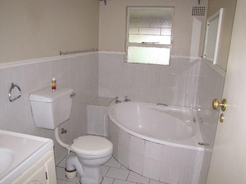 Property For Rent in Oakdale Estate, Bellville 6