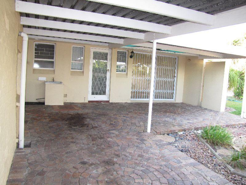 Property For Rent in Oakdale Estate, Bellville 11