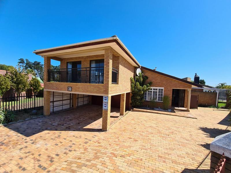 Property For Sale in Vredekloof, Brackenfell 2
