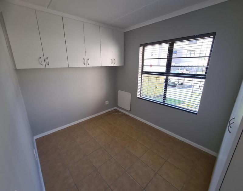 Property For Rent in Vredekloof East, Brackenfell 11